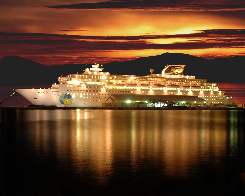 Celebrity Announces Wine Themed Cruises